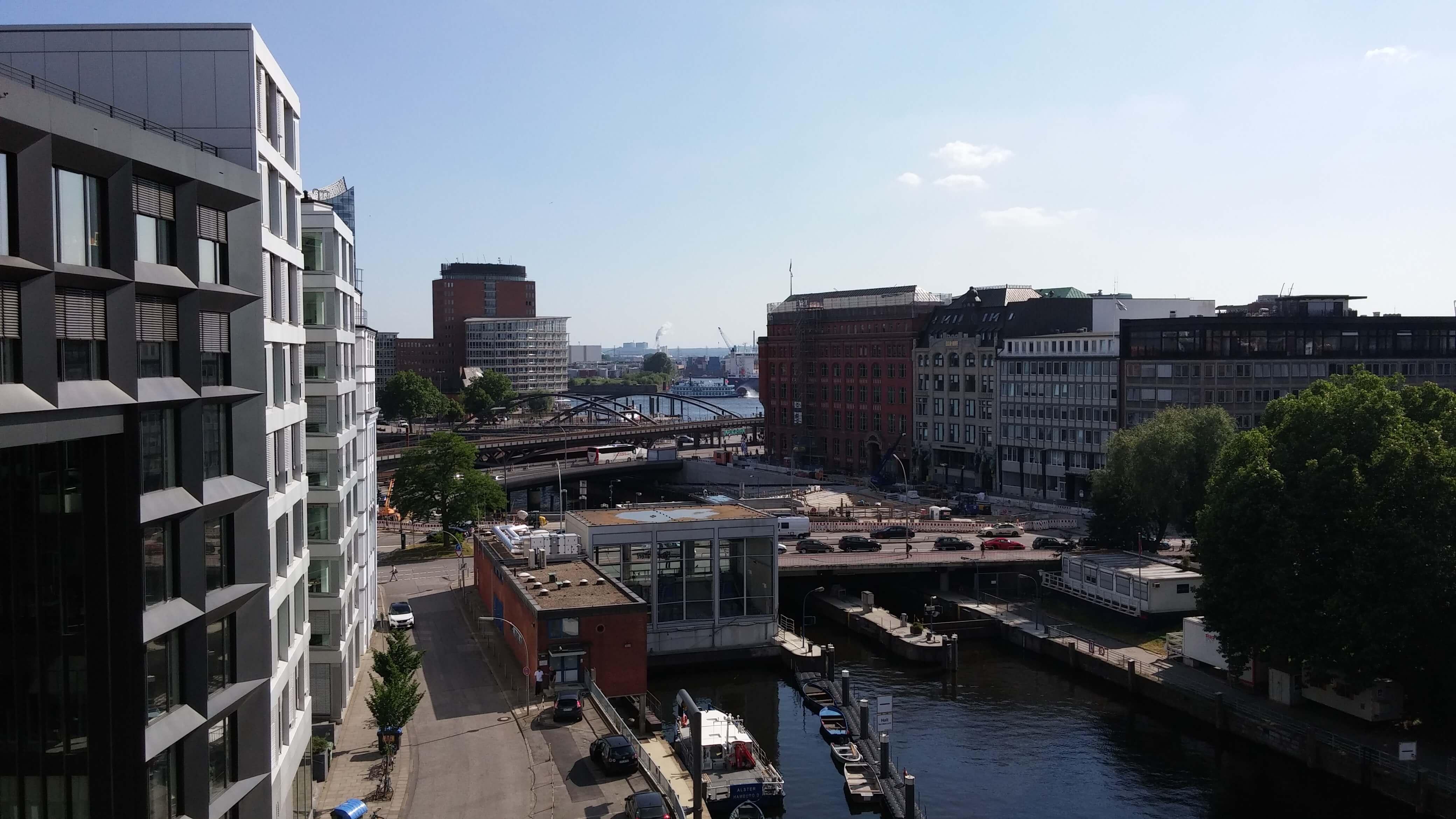 UX HUB Hamburg Ausblick Balkon mediadeck